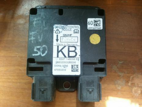 Блок подушек безопасности Ford Fusion 6S6T14B056KB