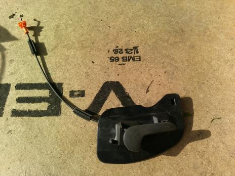 Ручка внутреняя правая Opel Corsa C 90534748