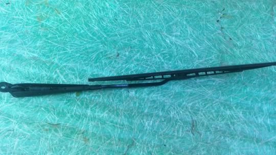 Поводок стеклоочистителя заднего Mondeo III 1S7117526HA