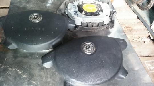 Подушка безопасности в рулевое колесо для Opel Omega B 5K002200089
