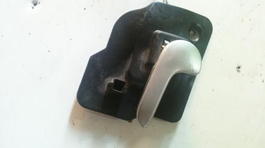 Ручка двери внутренняя левая Opel Meriva A13121862