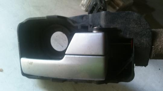 Ручка двери внутренняя правая Ford Mondeo 3 / Focus 1