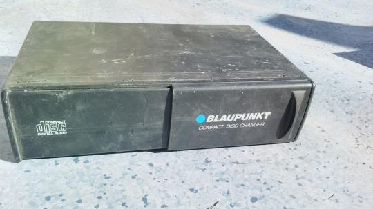 Чейнджер CDC2  BLAUPUNKT 90493268