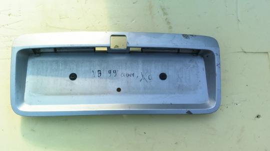 Накладка крышки багажника Opel Vectra B рест. 09134644