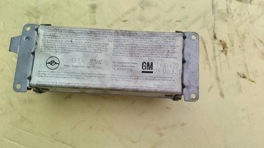 Подушка безопасности пассажирская (в торпедо) Opel Omega B 9130823